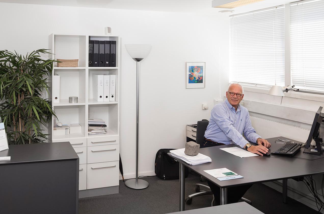 Kontakt_office